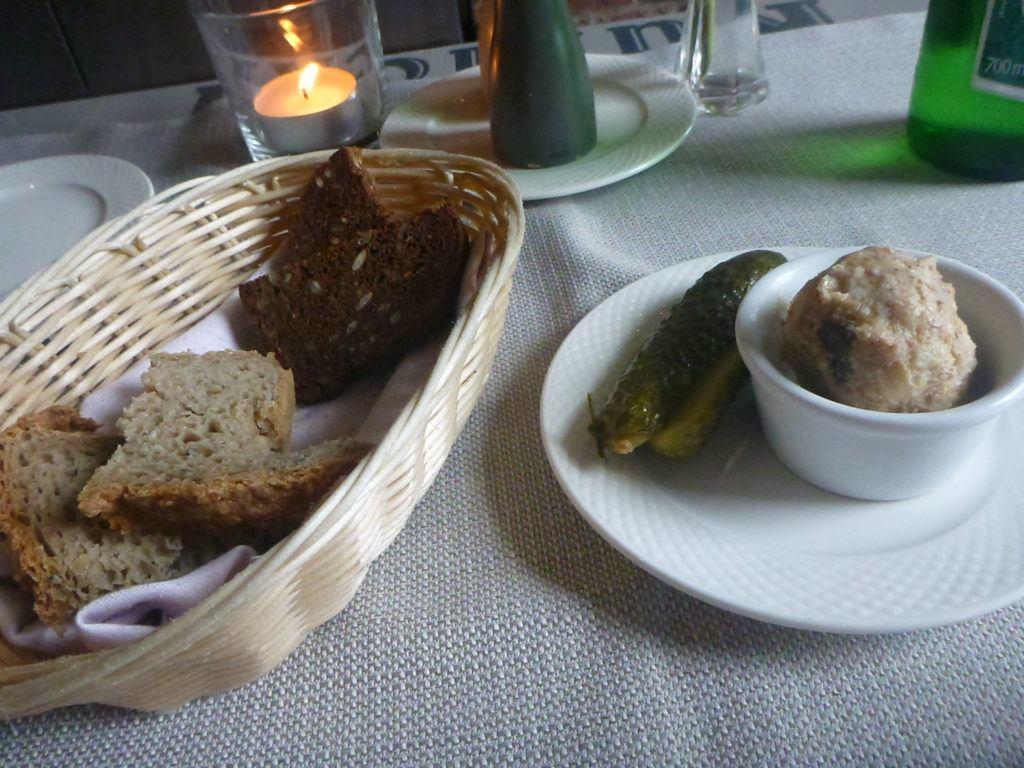 Smaczna Sroda: Dining Out at Kubicki, Oldest Restaurant in Gdańsk