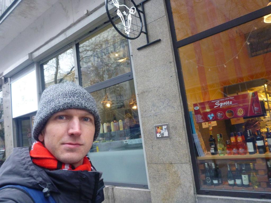 """Smaczne Sroda: """"Tygodnia - Burger of the Week"""" at Krowarzywa, Warszawa"""