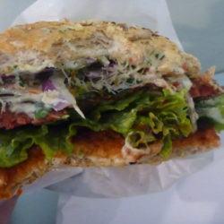 """Smaczne Środy: """"Tygodnia - Burger of the Week"""" at Krowarzywa, Warszawa"""