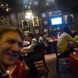 Dziwaczne Odkrycia: Speed Dating at the Hard Rock Cafe, Warszawa