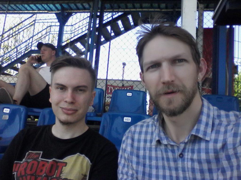 Śmieszne Historie o Piłce Nożnej w Polsce: Watching Football in a Speedway Stadium in Gdańsk!! GKP Wybrzeze 2-1 Gryf Goręczyno