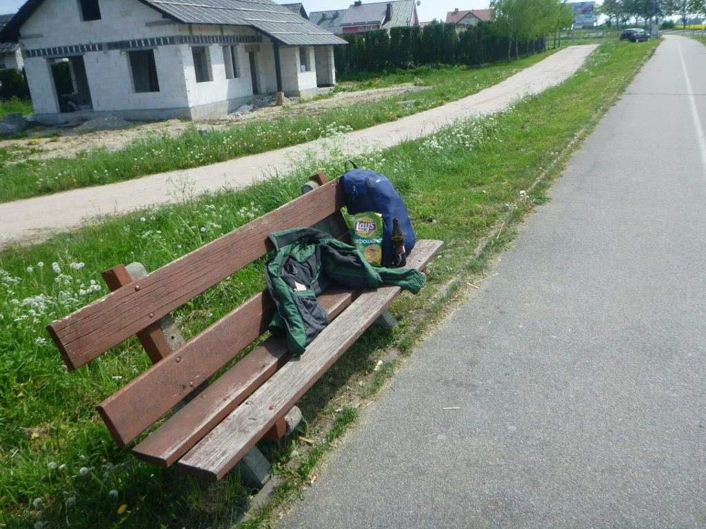 Jonny's Bench Bar - Beer, crisps, relaxation and a bench in Kokoszkowy