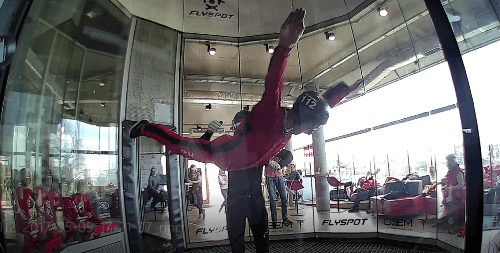 Dziwaczne Odkrycia: Indoor Sky Diving With Tinggly at Flyspot, Mory, Warszawa