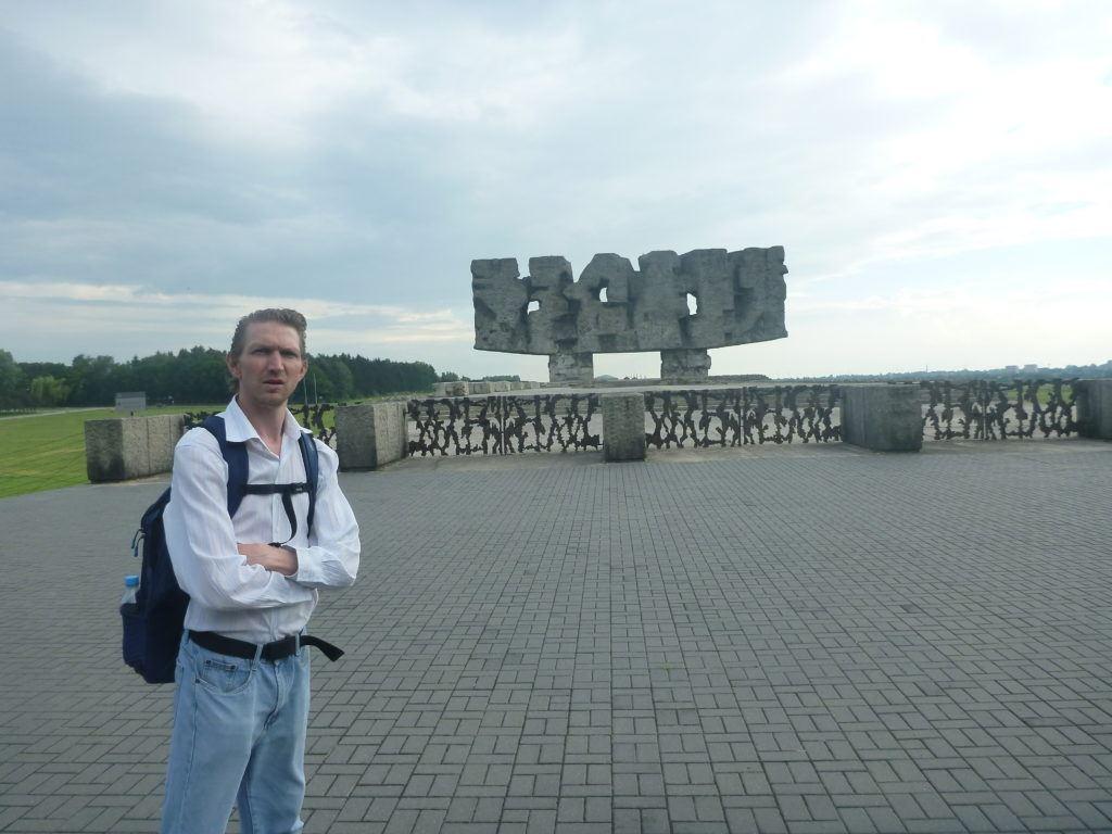 Nigdy Więcej Wojny: Touring Majdanek German Death Camp Near Lublin