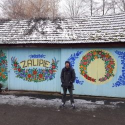 Magiczne Miasto: Touring the Beautiful Flower Covered Village of Zalipie
