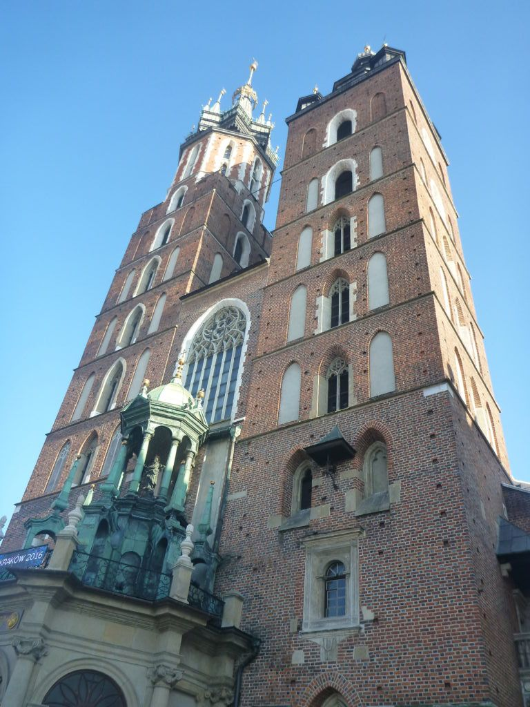 Downtown Kraków: St. Mary's Basilica